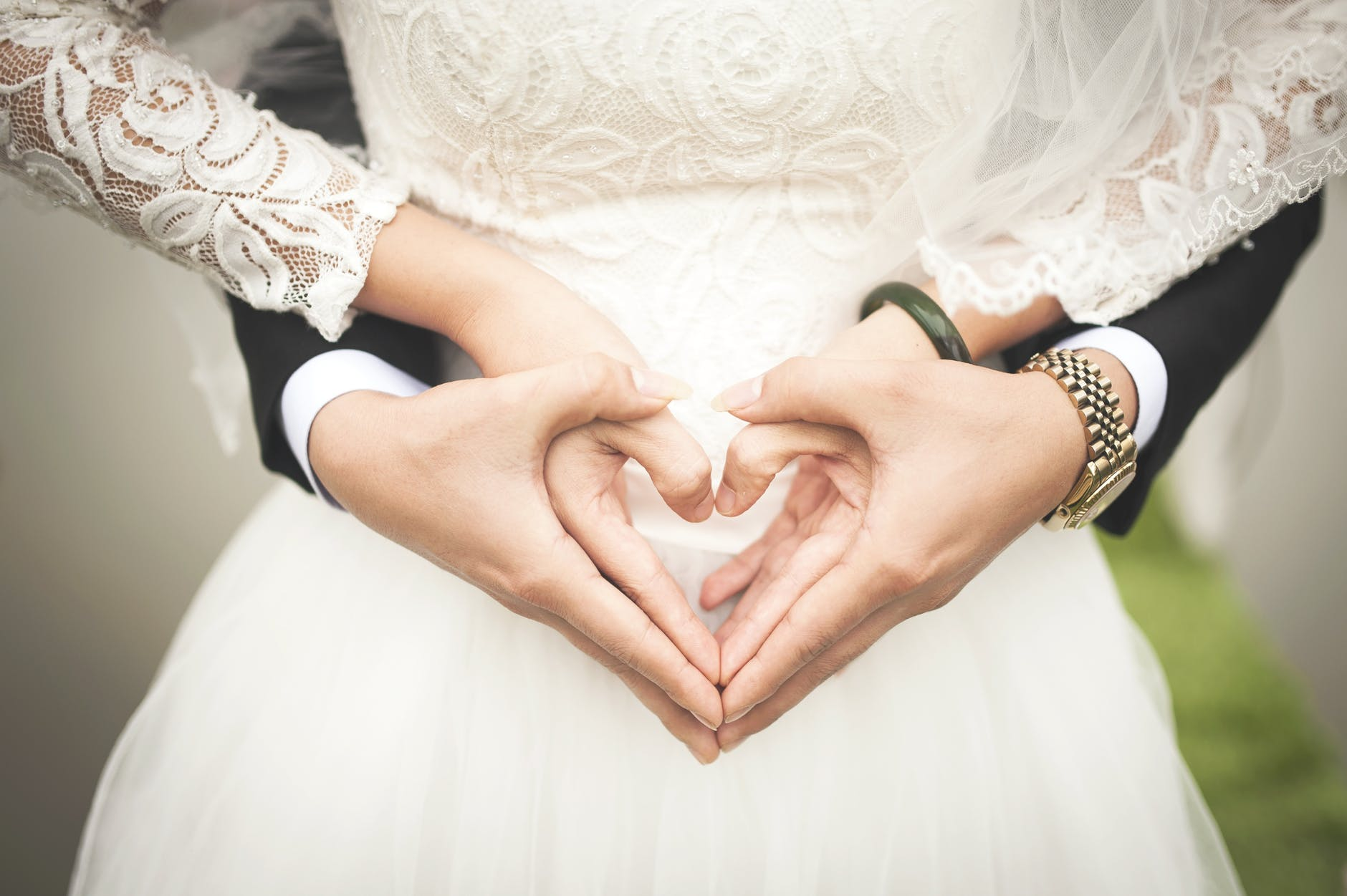 wedding insurance, Millennium Brokers, Springfield, MO, bride and groom at alter
